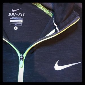 Nike Dry Fit active wear top.